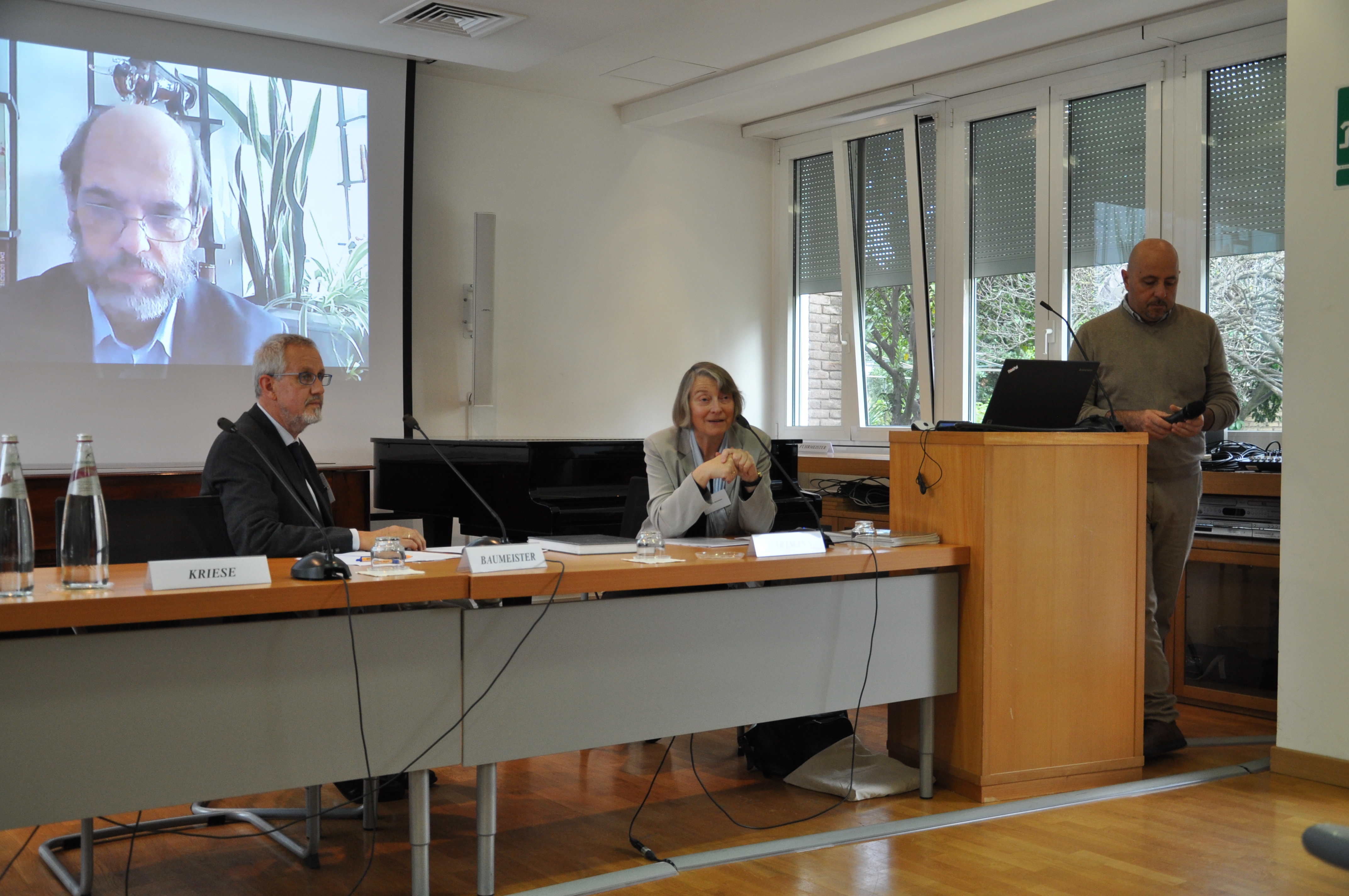 Der Initiator des Symposiums, Prof. Dr. Arno Mentzel-Reuters, konnte nur virtuell anwesend sein.